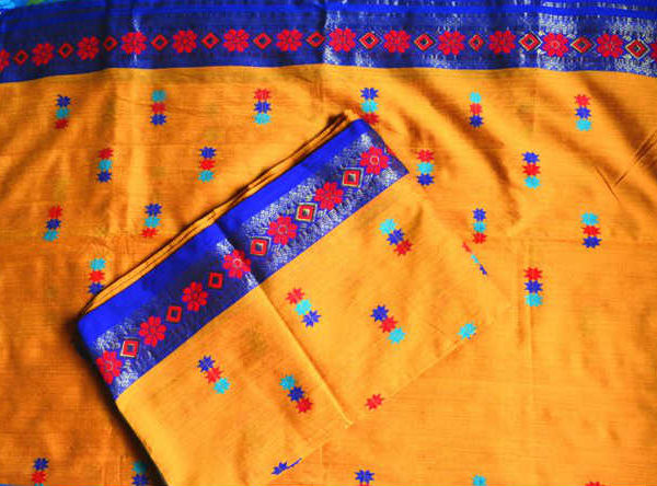 Designer mekhela chadar online shopping orange design for Design online shop