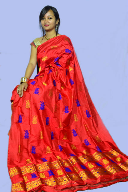 Designer Mekhela Chadar